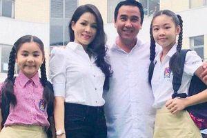 Bất ngờ khi hai con gái của MC Quyền Linh trổ tài dẫn chương trình