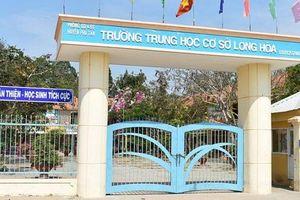 Nữ sinh bị vẹo cột sống ở An Giang không phải do thầy đánh