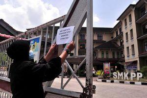 Malaysia đóng cửa 111 trường học vì rò rỉ hóa chất