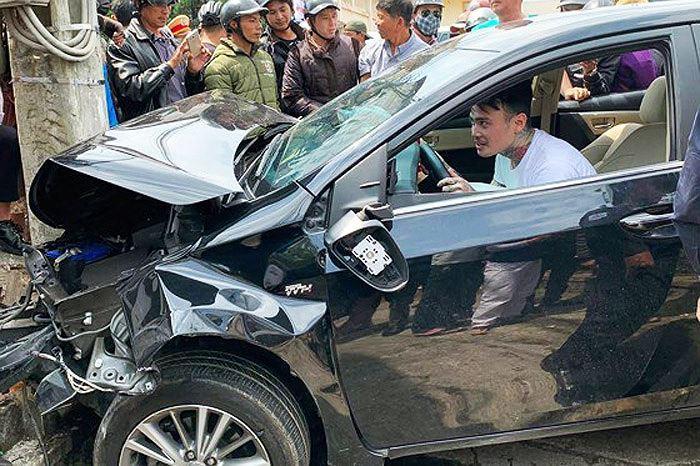 9X nghi 'ngáo đá' lái ô tô gây tai nạn liên hoàn, 3 người bị thương