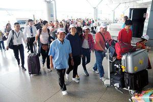 Bàn về việc 10 triệu khách Việt đi du lịch nước ngoài