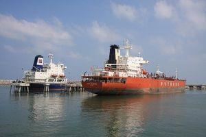 Vì sao giá xăng dầu trong nước lại tính giá quốc tế?