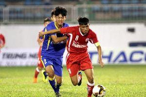 Lứa cầu thủ U.19 Bình Dương có cơ hội thử tài tại sân chơi Hạng nhất quốc gia