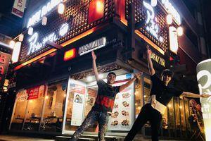 Choi Jong Hoon của F.T. Island là ca sĩ Choi trong nhóm chat trụy lạc