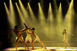 Xem 'Lưỡng cực' tại Nhà hát Ca Múa Nhạc Việt Nam
