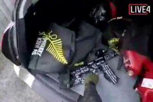 Nghi phạm xả súng New Zealand livestream vụ tấn công 17 phút