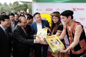 Thủ tướng Nguyễn Xuân Phúc dự Hội báo toàn quốc 2019
