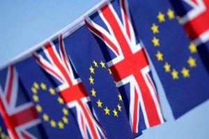 Quốc hội Anh bỏ phiếu ủng hộ lùi thời hạn Brexit