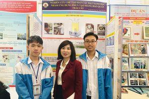 Học sinh Hưng Yên chế tạo hạt nano bảo quản nhãn lồng