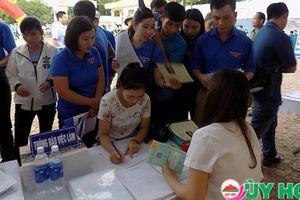 Gần 1.000 cơ hội việc làm ở Nghệ An chờ người lao động