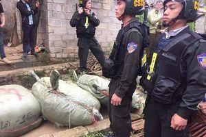 Hơn 130 chiến sĩ công an ngăn chặn hàng tấn hàng nhập lậu