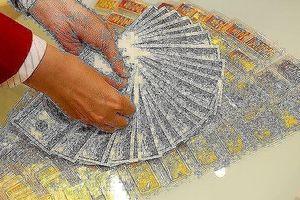 USD tiếp tục tăng, giá vàng lao dốc