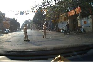 Hải Dương: CSGT huyện Thanh Hà xử phạt người vi phạm theo 'luật riêng'?