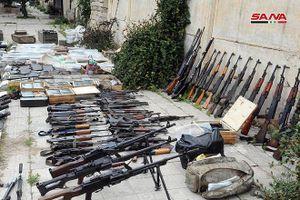 Quân đội Syria tận thu thêm lô vũ khí bị 'bỏ rơi' ở Daraa