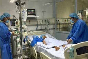 Kỳ tích chia đôi lá gan hiến tạng để cứu sống hai bệnh nhân