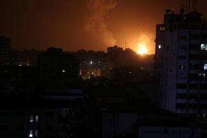 Israel trả đũa Hamas sau khi Tel Aviv bị tấn công tên lửa
