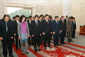 Phó Thủ tướng Vương Đình Huệ thăm Khu di tích lịch sử quốc gia đặc biệt Pác Bó