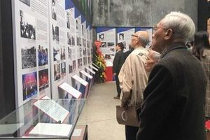 Nhà tù Hỏa Lò trưng bày triển lãm 'Lửa thanh xuân'