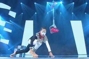 Cặp đôi vũ công nhí Việt Nam gây chú ý tại Asia's Got Talent