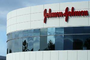 Johnson & Johnson phải bồi thường hơn 29 triệu đô la vì sản phẩm gây ung thư