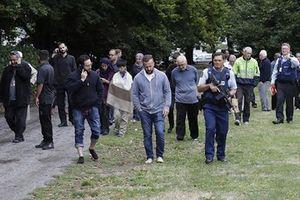 Bắt 3 kẻ tấn công khủng bố ở New Zealand