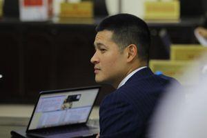 Tranh luận căng thẳng tại phiên tòa xử vụ kiện giữa công ty của 'Chúa đảo Tuần Châu' và đạo diễn Việt Tú