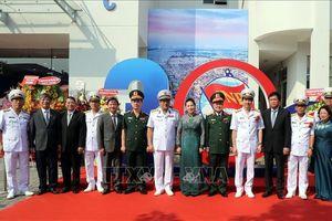 Chủ tịch Quốc hội dự Lễ kỷ niệm 30 năm Ngày truyền thống của Tổng Công ty Tân cảng Sài Gòn