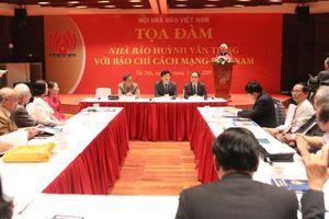 Tri ân những cống hiến của nhà báo Huỳnh Văn Tiểng với báo chí Cách mạng Việt Nam