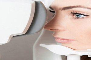 Đánh giá sức khỏe đôi mắt qua việc chụp hình đáy mắt