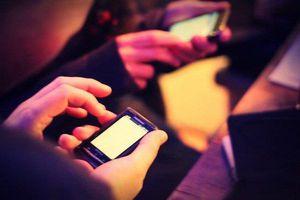 Facebook sập, website phim 'người lớn' hưởng lợi