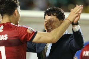 Cựu GĐKT HAGL: 'Cầu thủ Việt Nam có vẻ không hiểu gì về chuyên nghiệp'