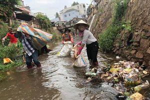 Người trẻ Việt hưởng ứng 'Trào lưu dọn rác' như thế nào?