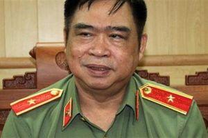 Tướng Đỗ Hữu Ca phủ nhận quen người cưỡng hôn nữ sinh