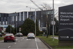 New Zealand hủy hàng chục chuyến bay sau vụ xả súng