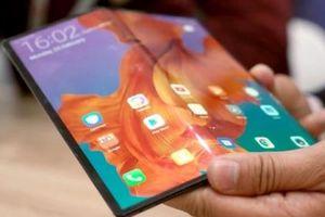 BlackBerry sẽ không 'nhảy' vào thị trường smartphone màn hình gập trong tương lai ngắn