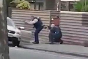 Hai cảnh sát dũng cảm chặn xe khống chế kẻ xả súng New Zealand