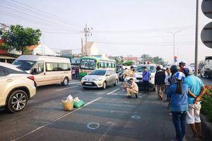 2 nữ tu sĩ đi bộ qua đường bị ô tô đâm tử vong