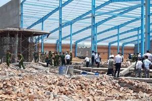 Công ty xây dựng bức tường bị sập khiến 6 người chết ở Vĩnh Long nói gì?