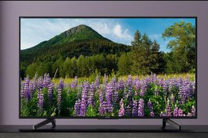 Những TV hơn 10 triệu đồng hấp dẫn nhất tháng 3