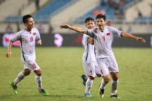 Đoàn Văn Hậu 'chê' Thai League, HLV U19 Hà Nội xem nhẹ quân HAGL