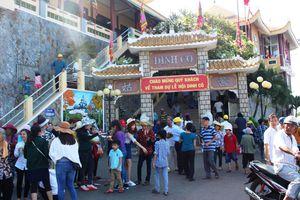 Bà Rịa - Vũng Tàu: Hàng ngàn người đến dự Lễ hội Dinh Cô
