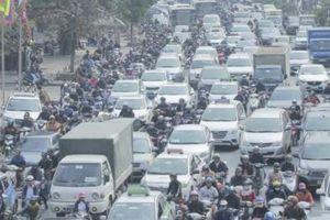 Hà Nội hạn chế phương tiện cá nhân - Bài 3: Xe máy, tàu điện và buýt nhanh BRT