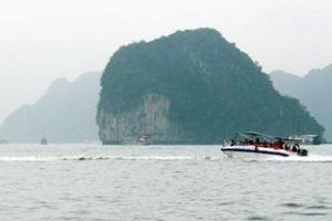 Tạm thời dừng hoạt động 41 xuồng cao tốc chở khách trên vịnh Hạ Long
