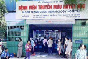 TPHCM: Đình chỉ công tác bác sĩ vòi tiền bệnh nhân nghèo