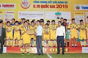 Hạ chủ nhà HAGL ngay tại Pleiku, U19 Hà Nội lần thứ 5 vô địch quốc gia