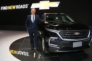 Chevrolet Captiva 2019 sắp về Việt Nam 'đấu' Toyota Fortuner?
