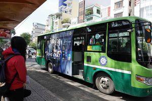 'Vi vu' Sài Gòn, bạn chọn xe ôm, xe buýt hay buýt sông?