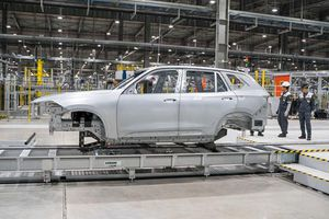 Đề xuất bổ sung ô tô điện được ưu đãi thuế nhập khẩu linh kiện