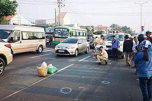 Hai nữ tu sĩ bị ô tô đâm tử vong khi đi bộ qua đường