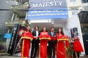 Gậy golf hạng sang Majesty đã có mặt tại Việt Nam